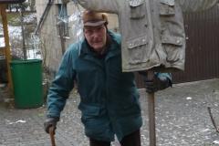 Papa Alfons mit meiner Vogelscheusche