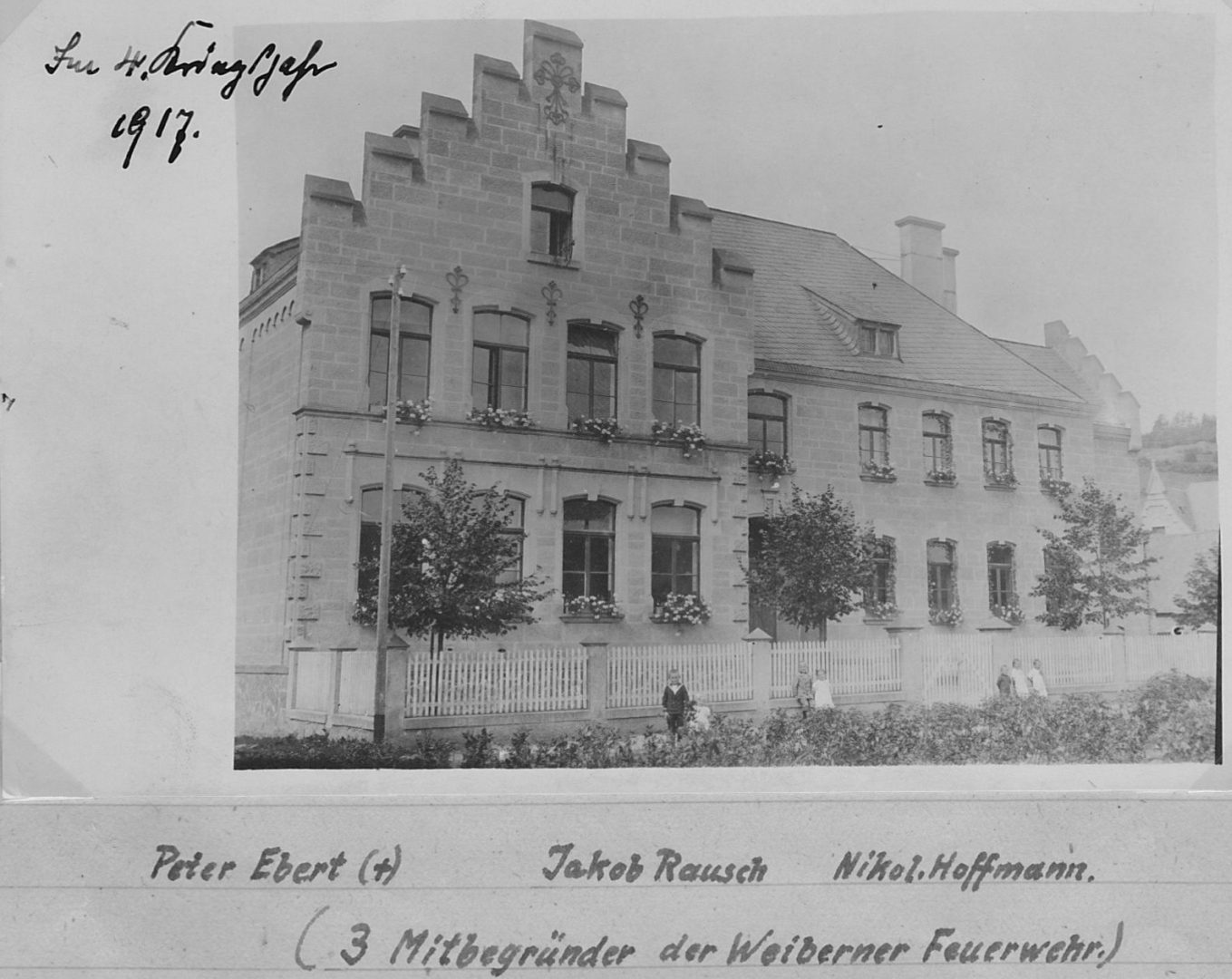 Schulchronik-1917-Bild-1